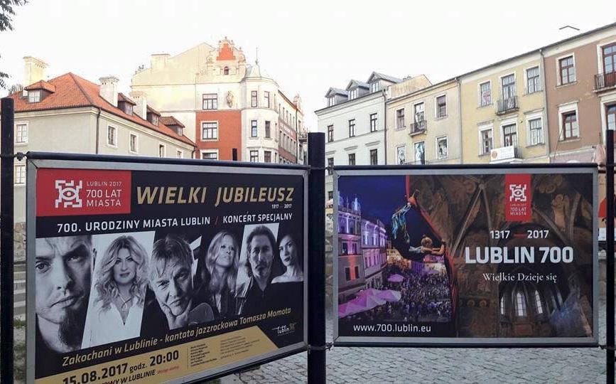 """TŁUMY ŚWIĘTOWAŁY 700-LECIE LUBLINA NA KONCERCIE """"ZAKOCHANI W LUBLINIE - KANTATA JAZZROCKOWA TOMASZA MOMOTA!"""